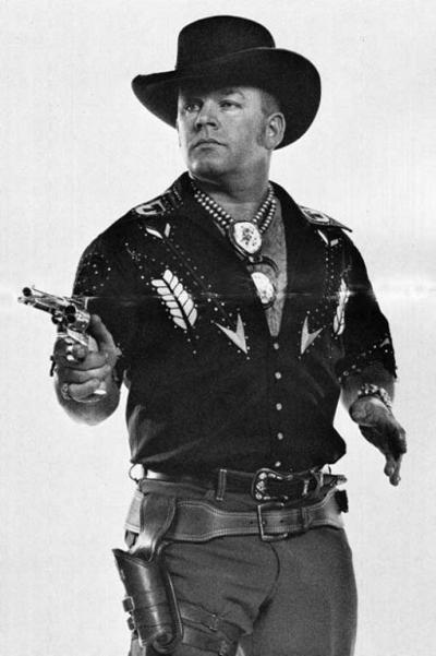 Famed quick-draw gunsmith Munden dies | Montana News