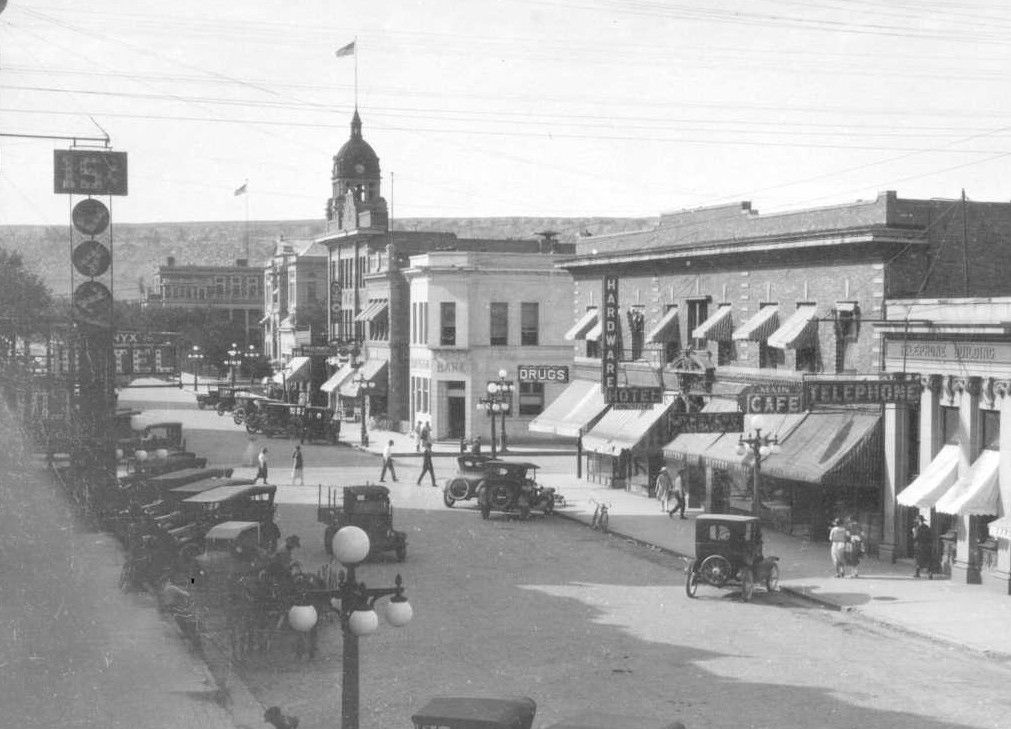 27th Street in 1925