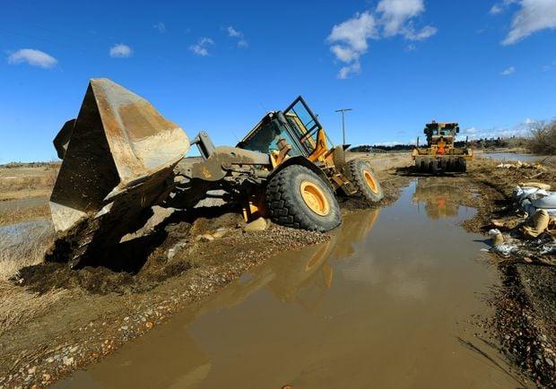 Front-end loader sunk