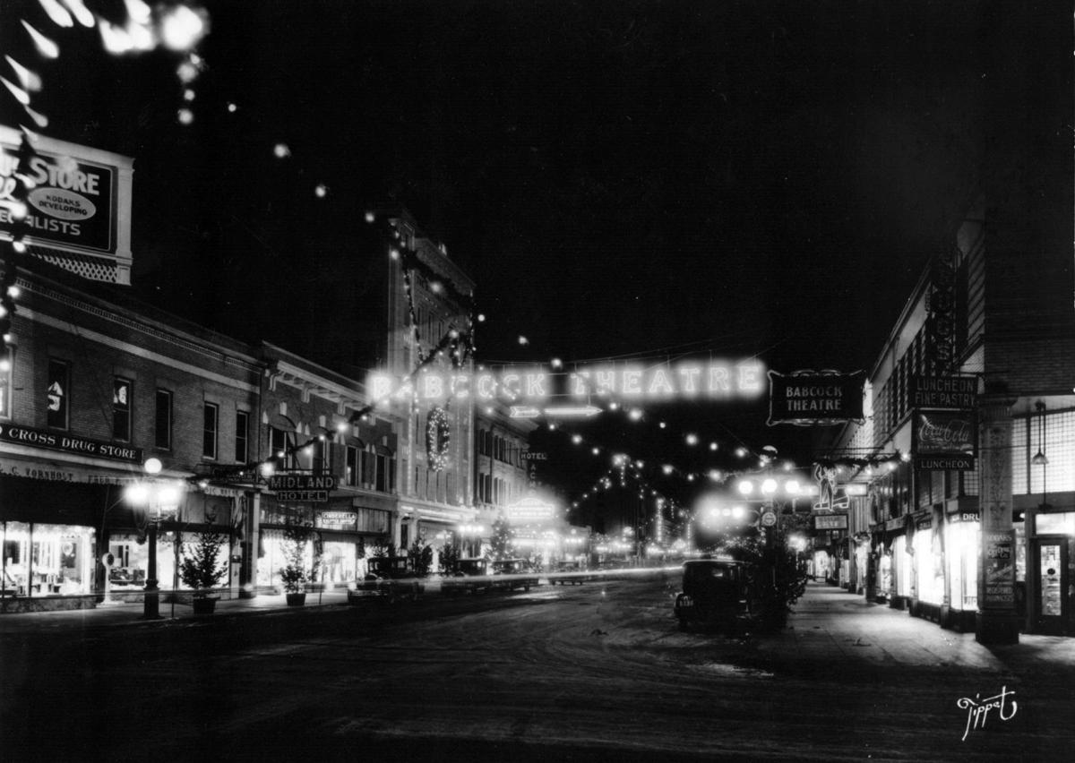 North Broadway, circa 1920s