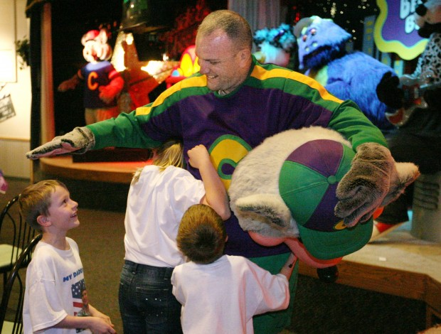 Sgt. Justin Ankeny surprises his children