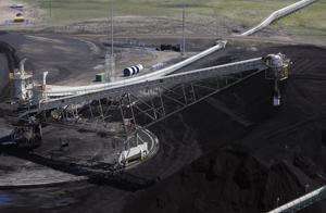 Wyoming utility continues to weigh coal's cost versus its benefits