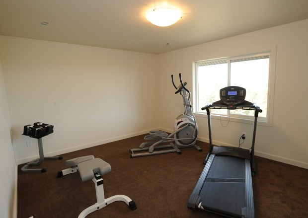 3131 Iron Horse Trail #16 - weight room