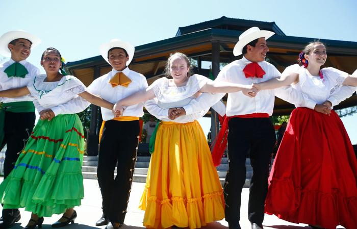 Los Guadalupanos: Billings family proudly continues long tradition of Mexican dance