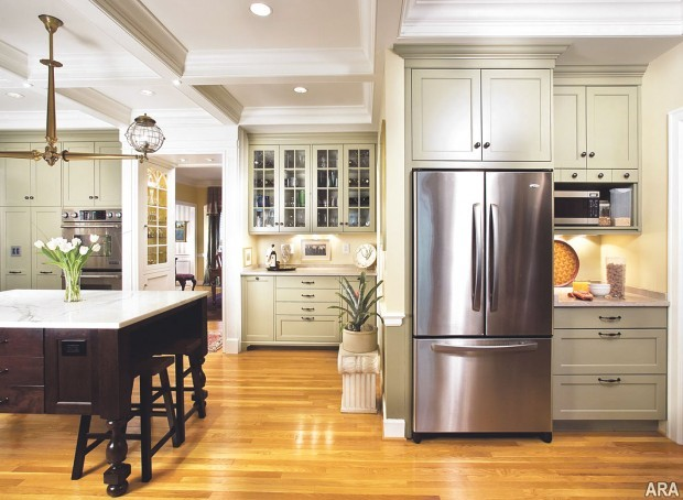 Mix Don T Match Wood Textures, Should Kitchen Cabinets Match Wood Floors