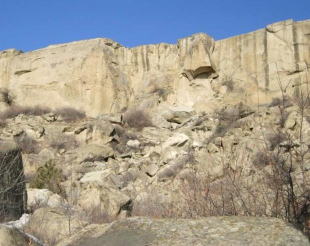 Rock above shady lane
