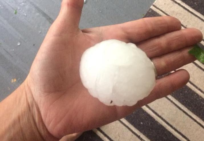 Tennis ball-sized hail reported after severe thunderstorm rocks Roundup