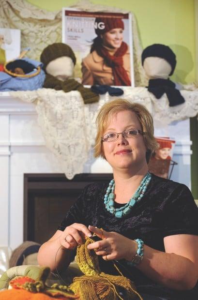 Kim Haesemeyer knits in Wild Purls