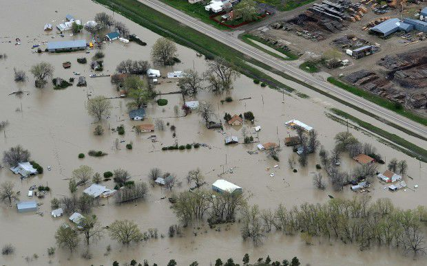 LOC052611-flood12LM.jpg