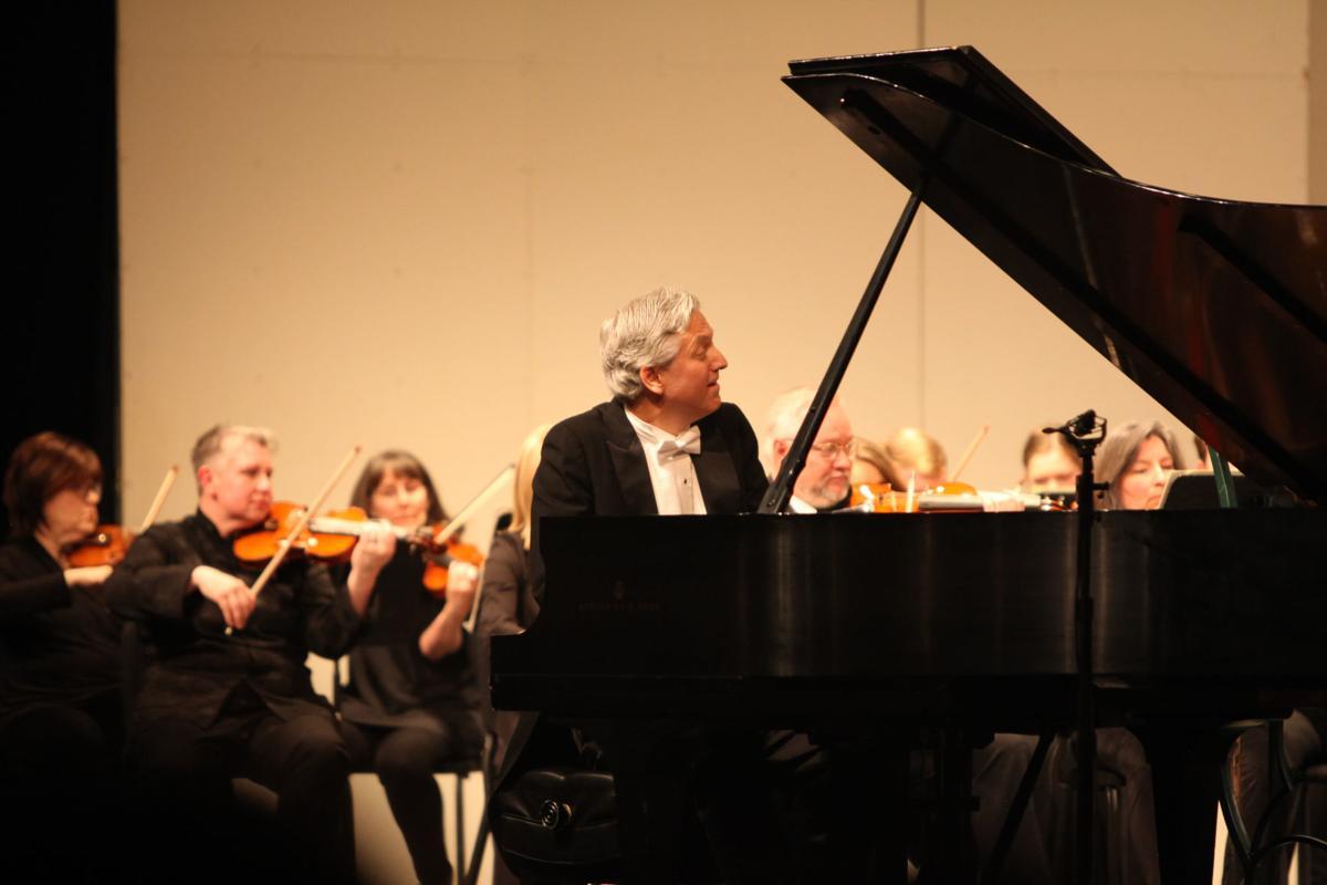 Brian Ganz performs Beethoven