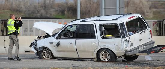 2 hurt in I-90 rollover