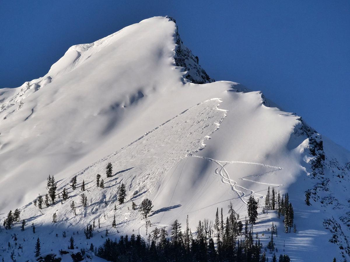 Photo of the avalanche which injured skiers. Forest Service.