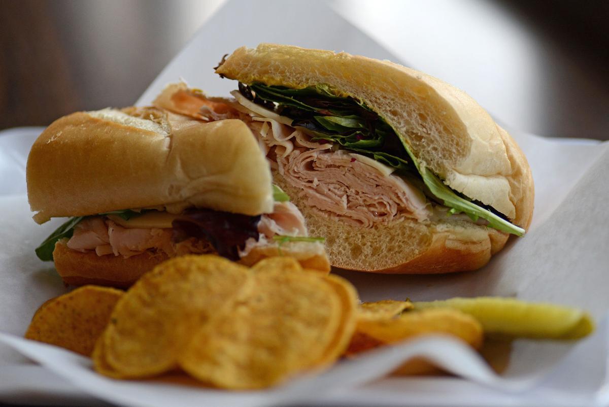 Turkey sandwich from TOPZ