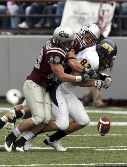 NAU defense can't stand up to Grizzlies' running game
