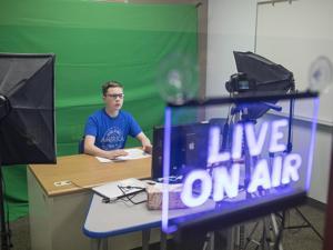 Thunder Basin senior makes name for himself on the airwaves