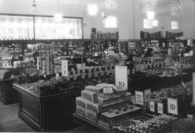 Jj Newberry Store Interior Iii 1937 1940