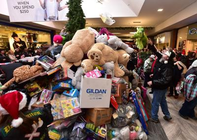 Toy Run Draws Hundreds Of Motorcyclists And Gift Donations To Billings