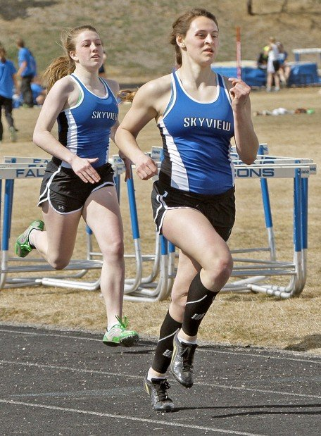 Skyview's Shealynn Wacaser and Ashlee Richards finish 1-2 in the 400