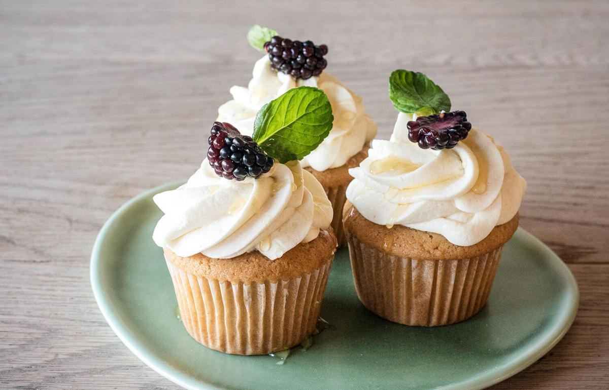 Blackberry cupcake