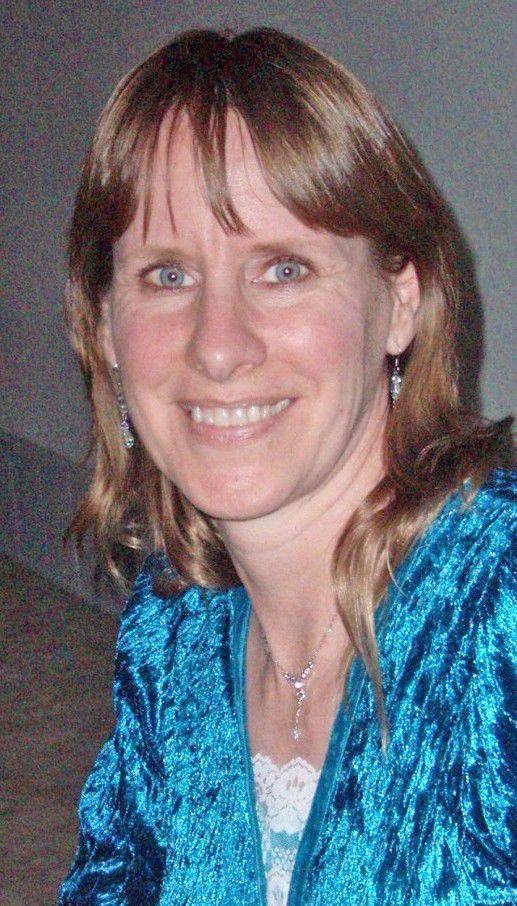 Lynette DeAnn (Gudmunson) Siroky