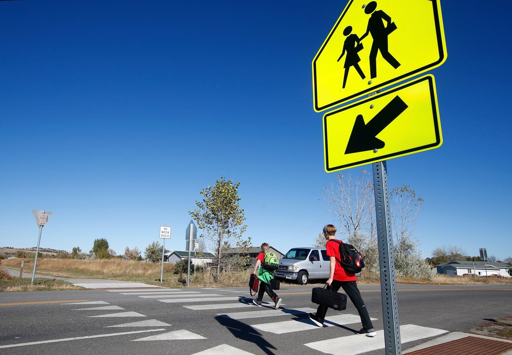 Billings groups look at how to make kids' walks to school safer | Billings Gazette