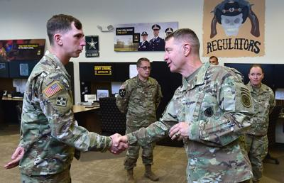 729ace982d0 Strong job market makes military recruiting a challenge