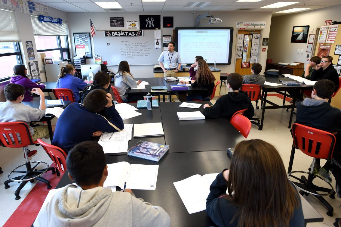 Lockwood school science class