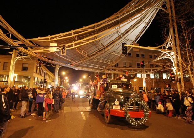 Gallery: Holiday Parade in downtown Billings | Local News