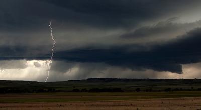 Lightning strikes near Laurel