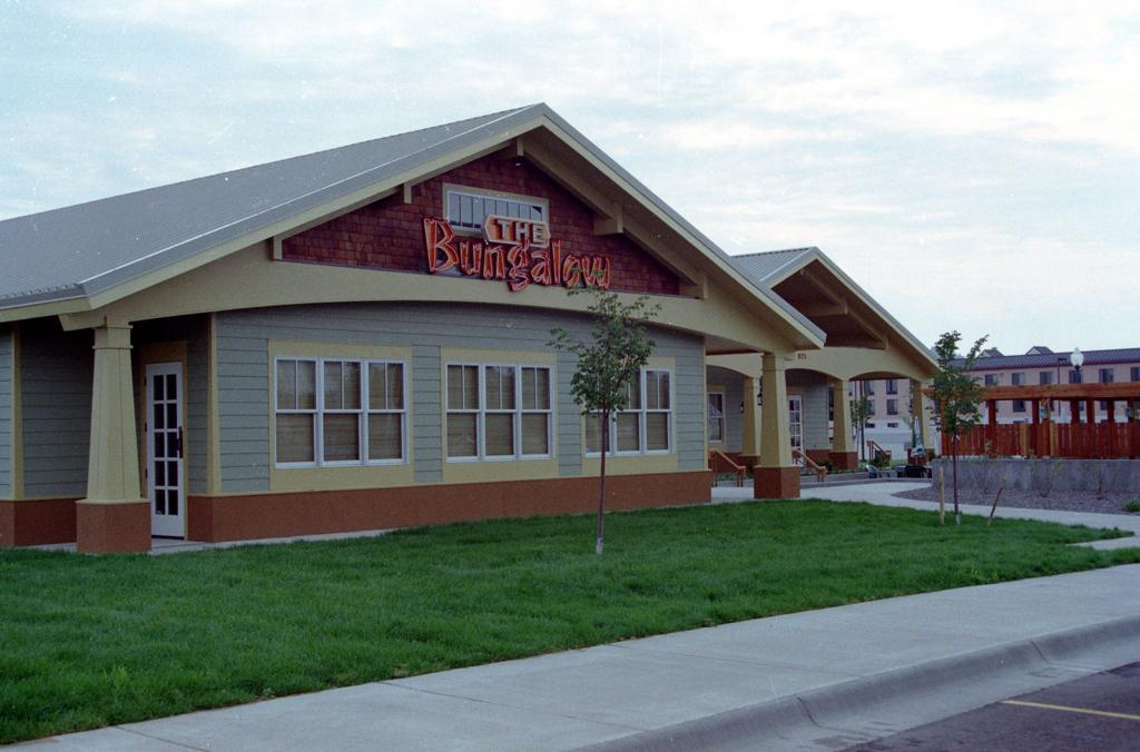 At Laurel Tavern Watching Former Packer >> 100 Closed Billings Restaurants And Bars Food Cooking