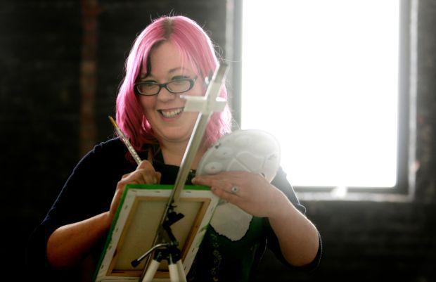 Artist Michelle Dyk