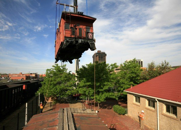 Flying caboose