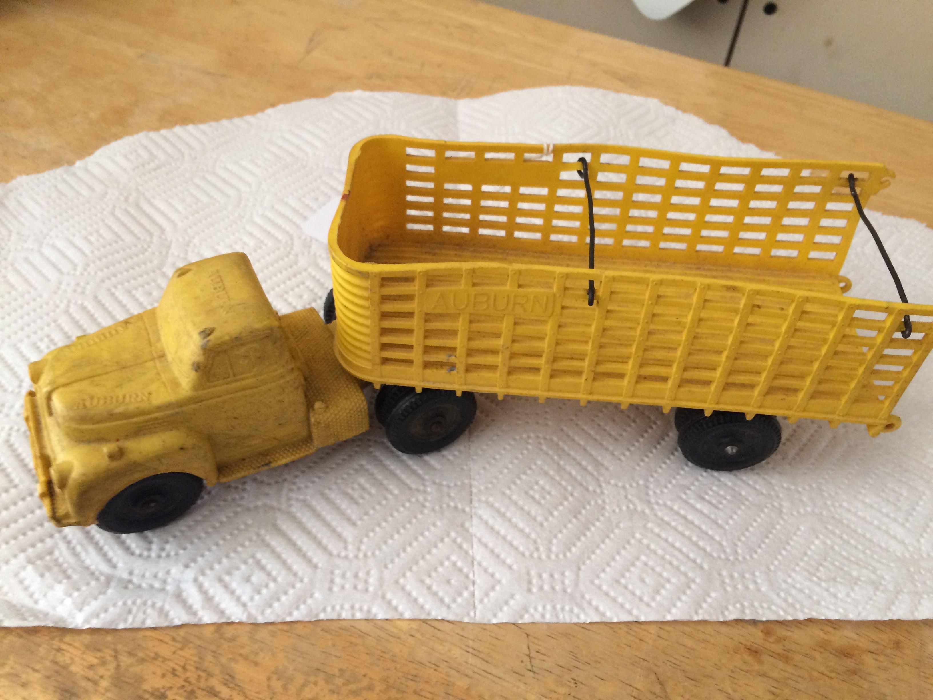 Auburn Rubber Toy Cattle Truck image 1