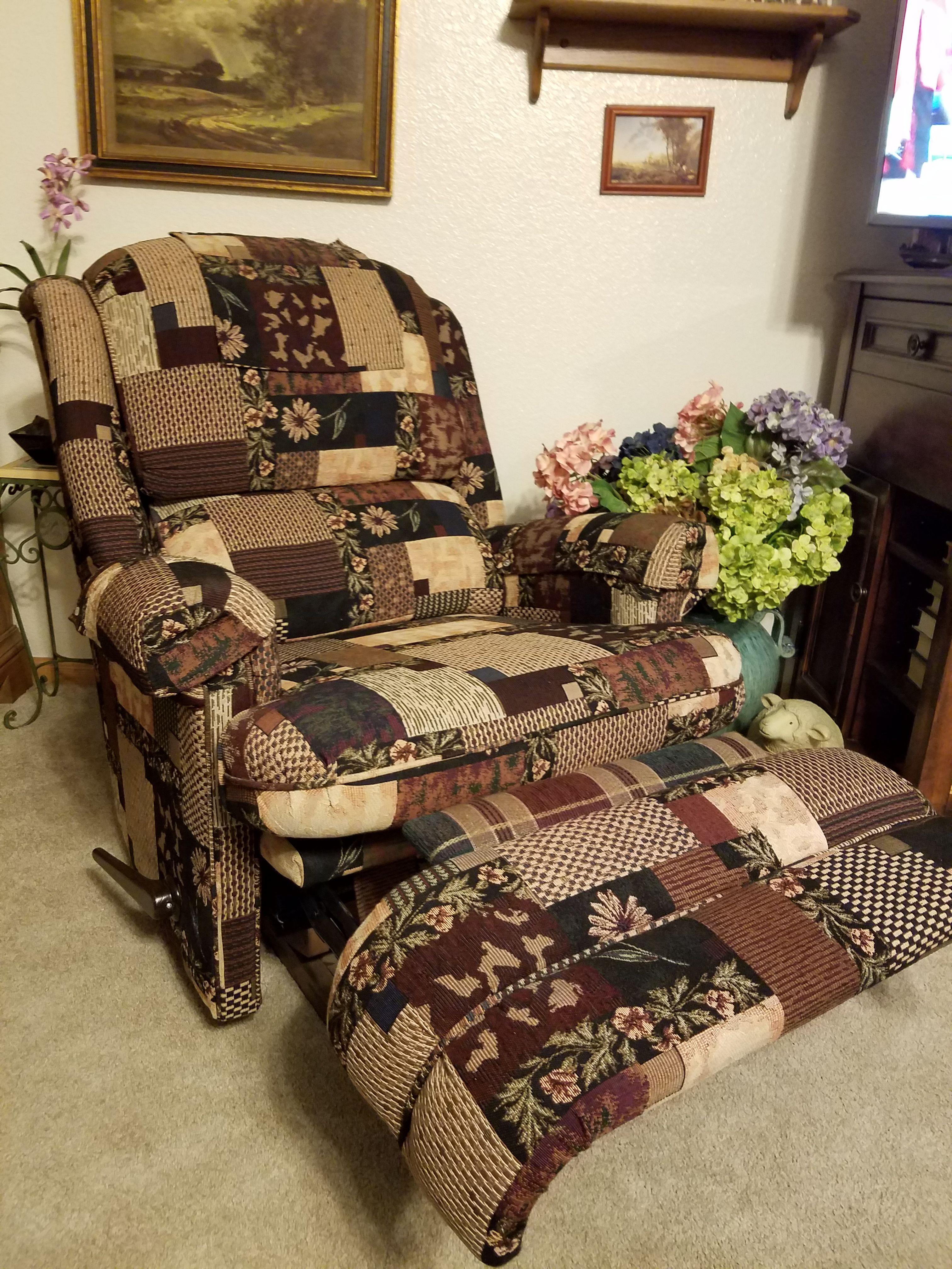 Rocker/Recliner Chair image 2