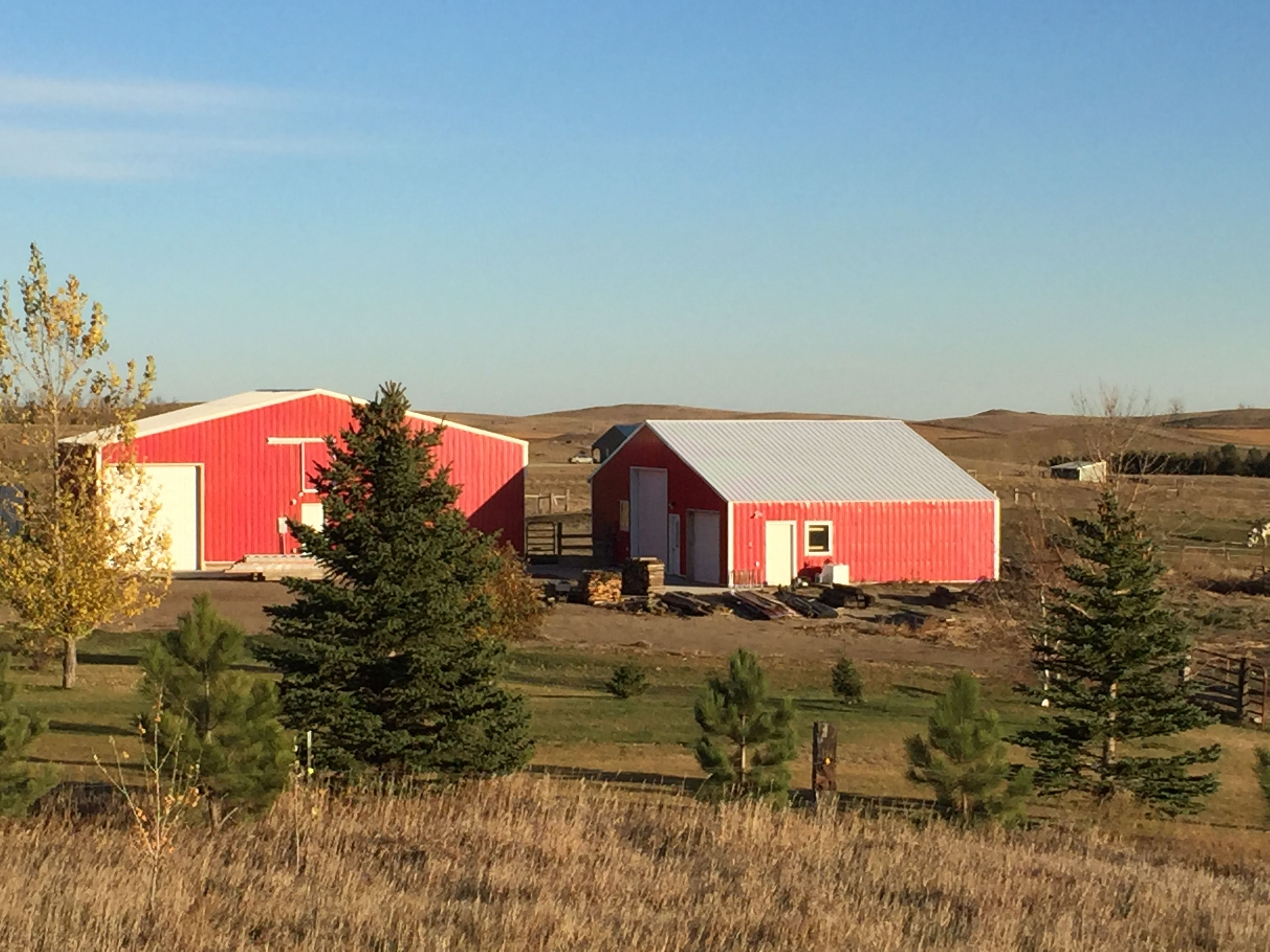 Country home. Easy living with updates, prairie views and 40 acres cross fenced for hay and pasture. image 1