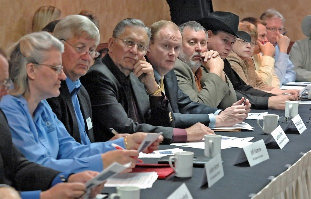 Farm bill roundtable draws agriculture and agribusiness leaders