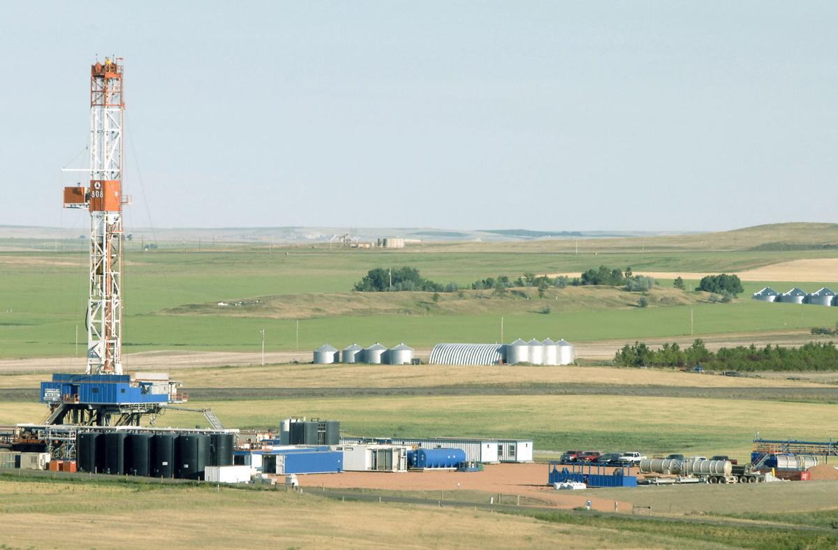 Worker shortage slows Bakken oil development thumbnail