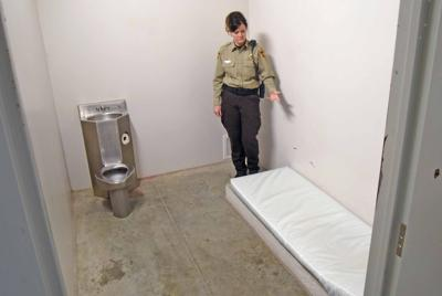 122118-nws-jail.jpg