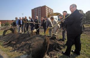 Construction underway on 440-bed sophomore dorm at NDSU