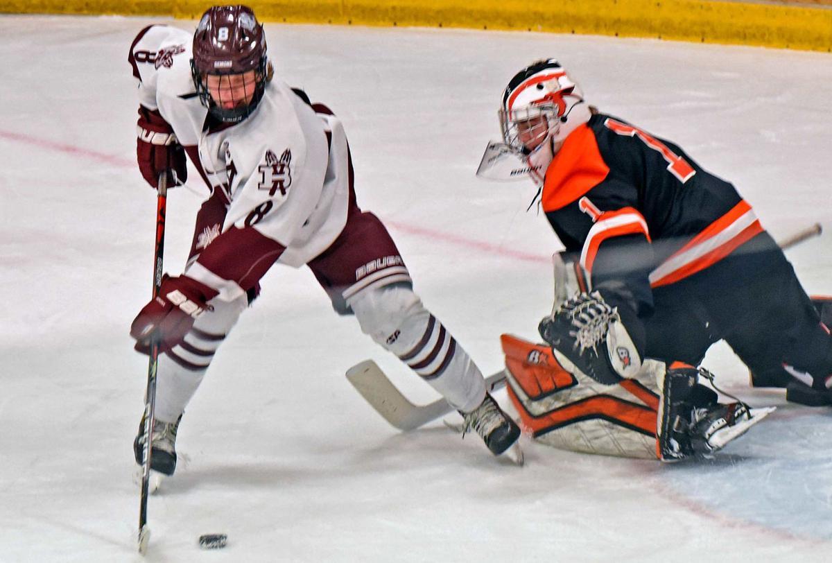 021721-spt-hockey1.jpg