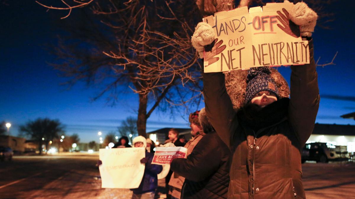 HOLD17.N.FF.NetNeutrality