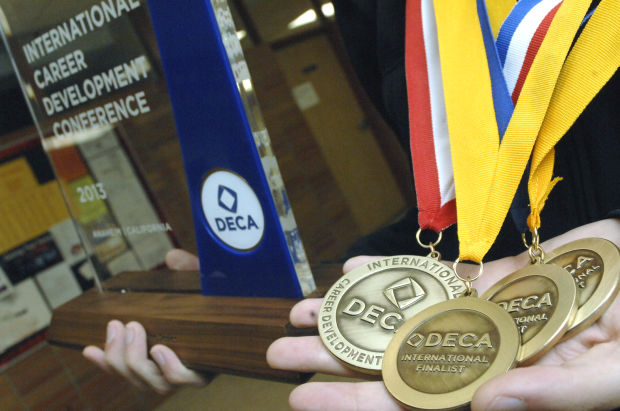 Mandan Deca Student Wins Top Prize At International Conference