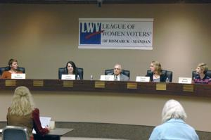 Debate highlights the agendas of Mandan City Commission candidates