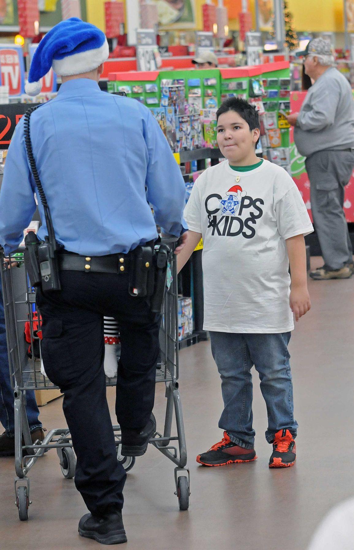 Fraternal Order Of Police Sponsors Cops Amp Kids Event