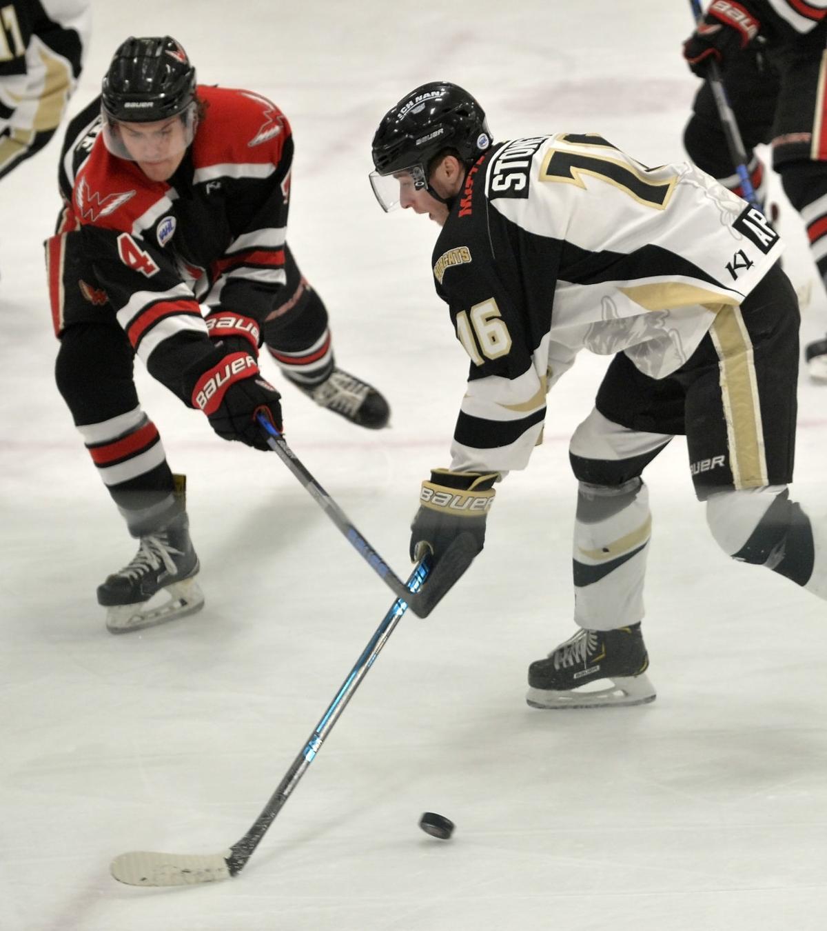 011918-spt-Bobcats-Hockey-03