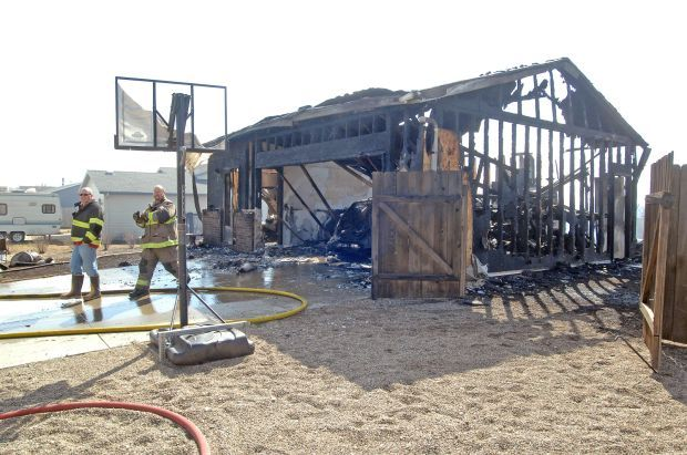Lincoln family loses home to fire bismarck for Garage beauchamp 95