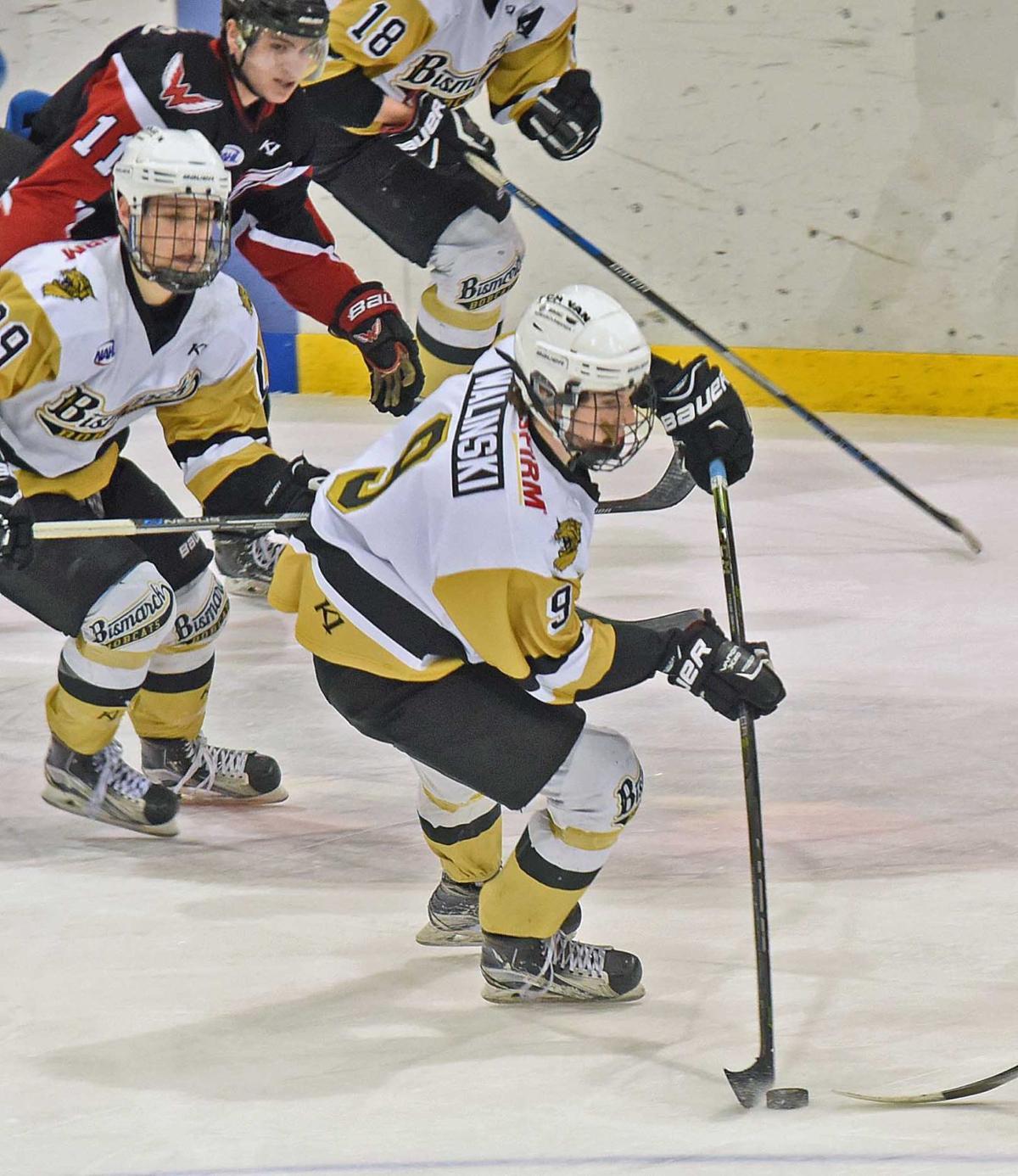 022418-spt-hockey3.jpg