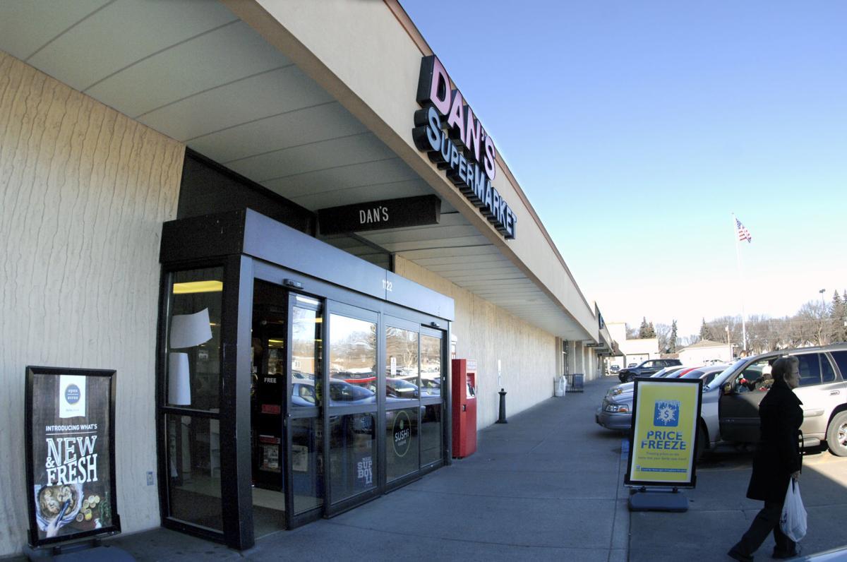 Arrowhead Plaza Dan's Supermarket