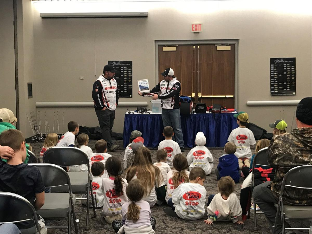 Carter and Walcker at 2018 Sports Show