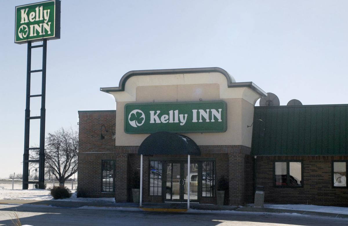 022418-nws-kelly-inn